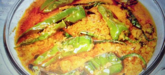 Image result for ऐसे बनाएं मिर्ची का स्वादिष्ट हैदराबादी सालन