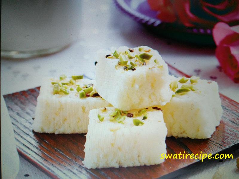 Cake Banane Ki Recipe Dikhao: कलाकंद की मनमोहक स्वाद वाली मिठाई आज ही बनाये