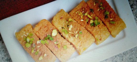 Cake Banane Ki Ghar Ki Recipe: लाजवाब मिल्क केक की रेसिपी बनाने की विधि