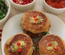 Kacchi Dabeli recipe in Hindi