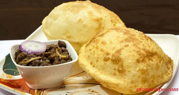Cake Banane Ki Recipe Dikhao: रेस्टोरेंट स्टाइल बठुरे बनाने की विधि सिख घर पर ही बनायें